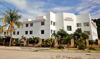 thumb_ISLA-HUATULCO-1